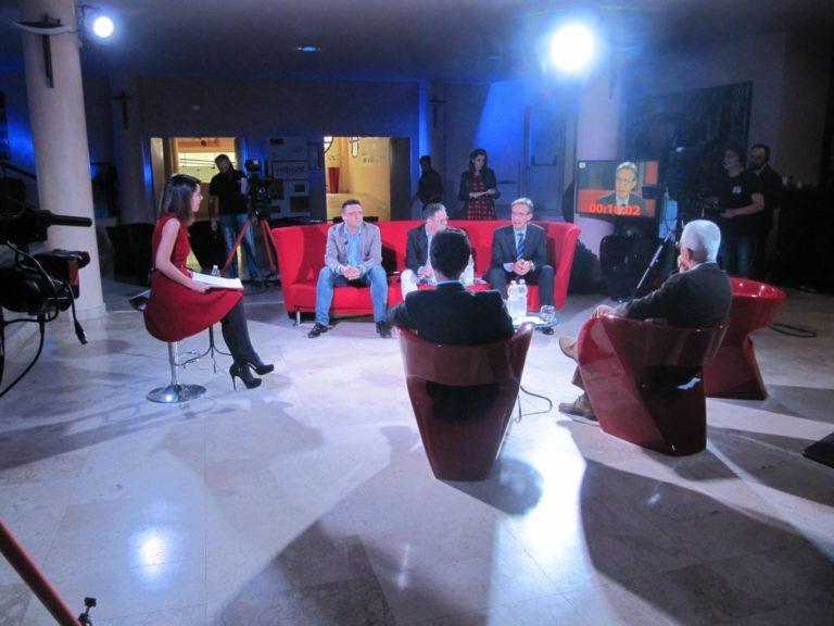 Ekonomica. Il 15 aprile 2016 su EjaTV la prima puntata del talk show online politico-economico sulla Sardegna